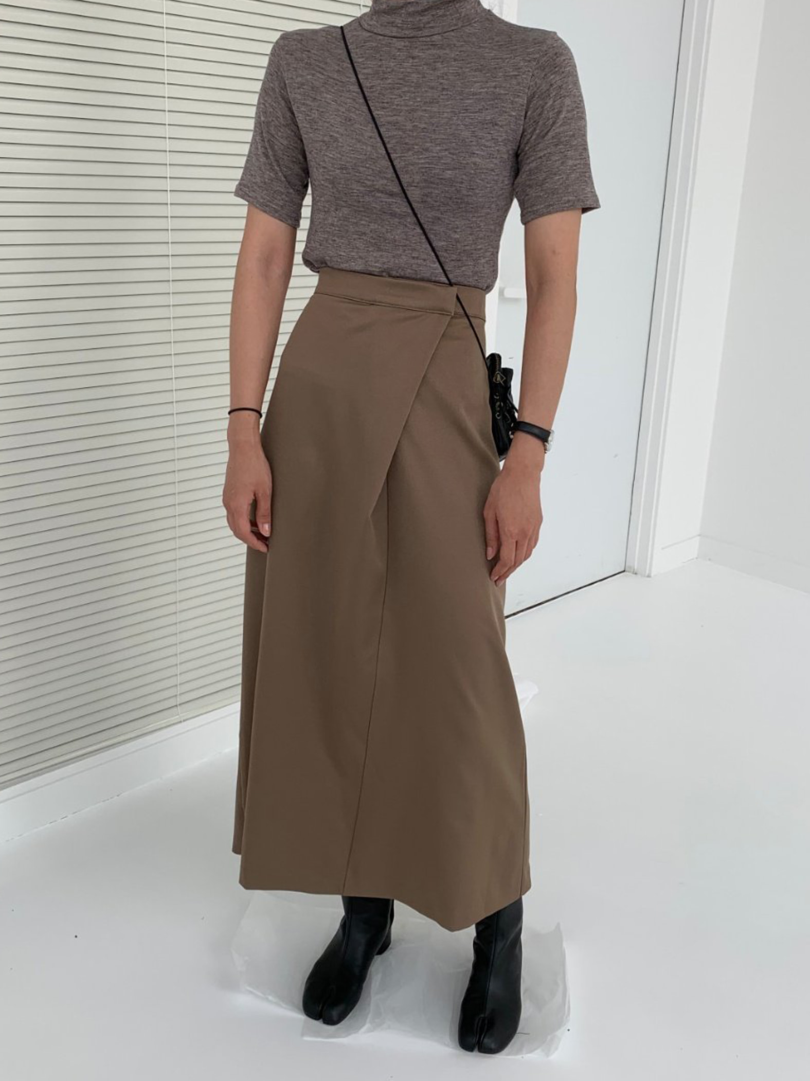 diagonal long skirt (2color)